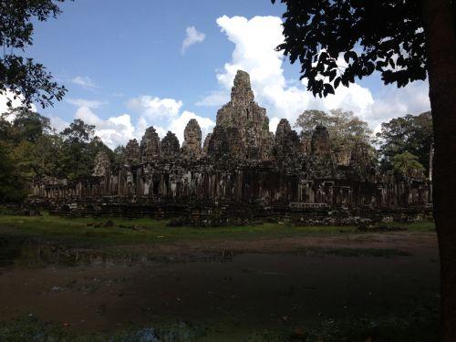travel and talk cambodia photograph,travel south-east asia,travel cambodia,travel writing francesca baker