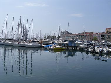 cannes photograph,cote d'azur travel,travel france,travel and talk,travel writing,france flights,nice flights