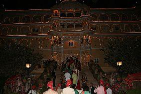 travel and talk samode village photograph,travel india,travel jaipur,samode palace photograph,india palace photograph,anita jain travel writing.