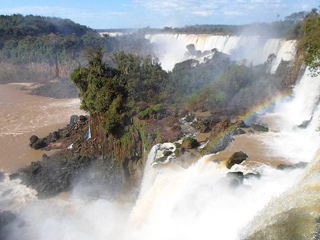 foz de iguazu travel and talk photograph,waterfalls argentina,travel argentina, iguazu travel and talk photograph,matt thomas travel writing.
