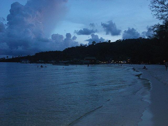 koh rong travel and talk photograph,travel cambodia,travel cambodia islands,matt thomas travel writing