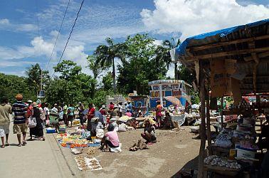 haiti local market photograph,haiti photograph,travel haiti,travel writing rachel mcmanus, caribbean travel.