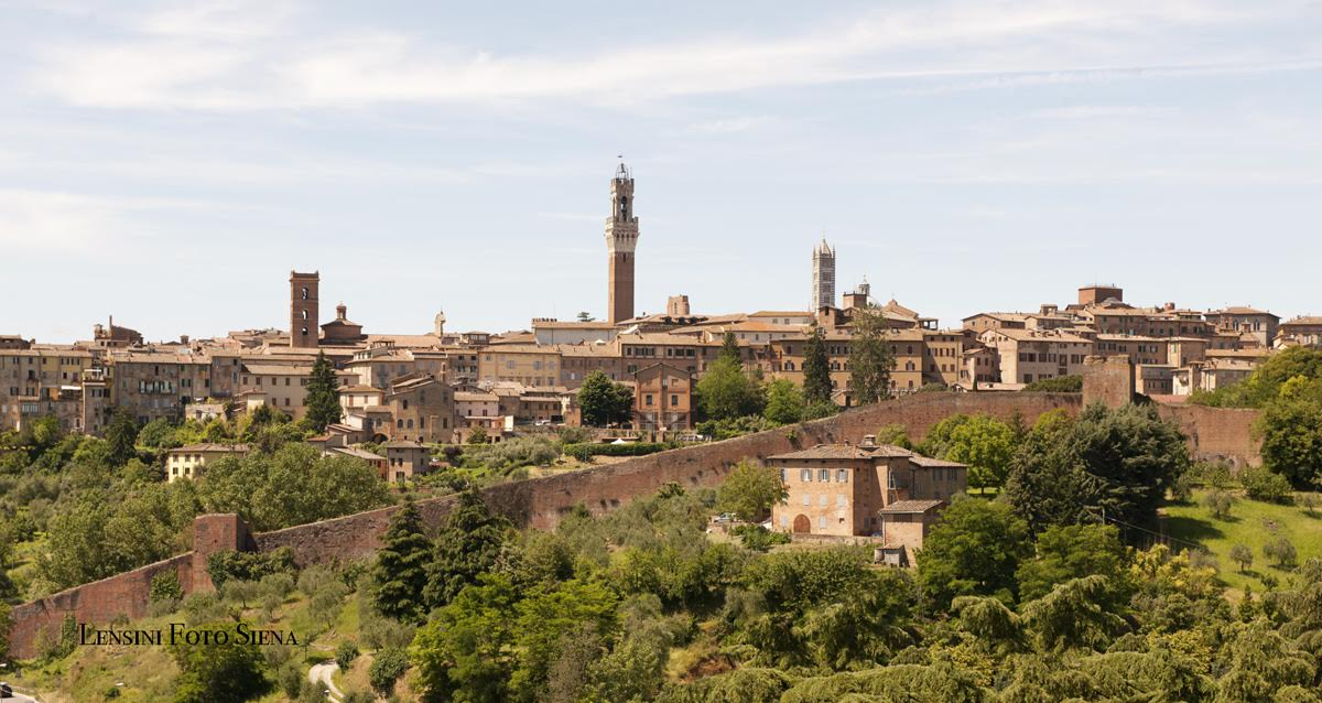 siena photograph, tuscany photograph,italy photograph,travel and talk,travel writing joseph mack